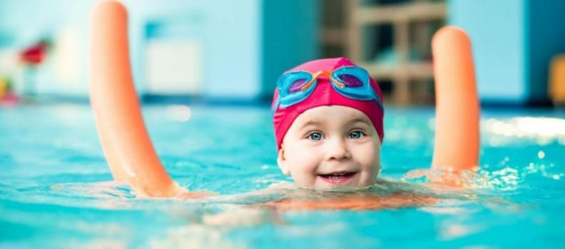 Aperte le iscrizioni ai corsi Unicorno Style di nuoto per bambini presso la Piscina Franzoj